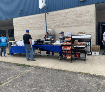 Fruitvale ISD Eating Hot Meal | Coryell Roofing
